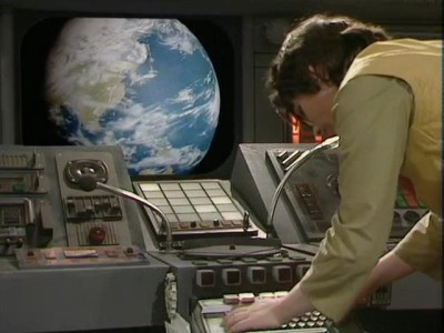 x11 Adric tries to unlock controls